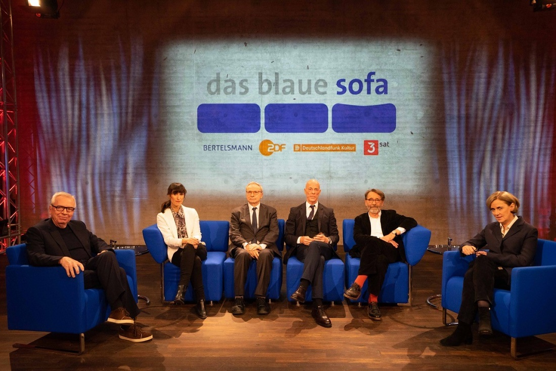 "Regine Leibinger in the tv show ""Das Blaue Sofa"""